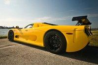 Mosler MT900 atinge 340 km/h