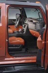 Hummer H2 Black Chrome - ediţia neagră