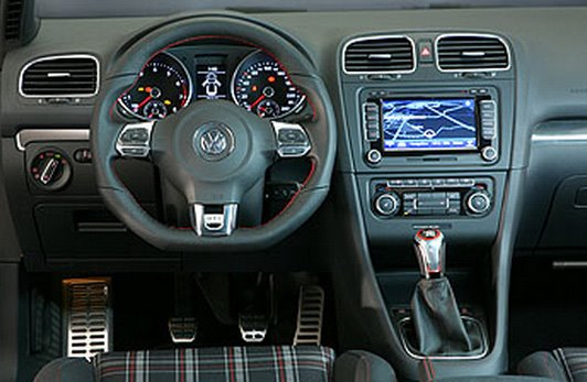 imagini volkswagen golf 6 gti. Black Bedroom Furniture Sets. Home Design Ideas