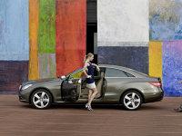 Mercedes Clasa E Coupe - lateral