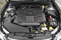 Motorul boxer 3.6R are 256 CP