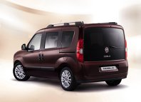 Noul Fiat Doblo - spate inedit