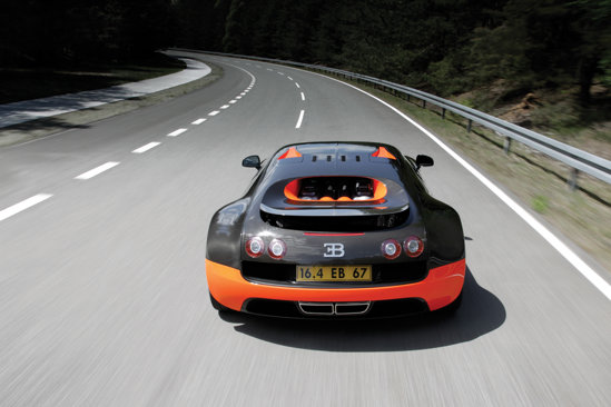 Bugatti Veyron Super Sport spate