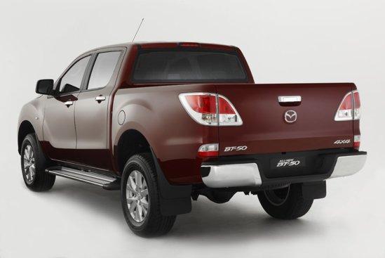 Mazda BT-50 incearca sa se departeze de la look-ul mai utilitar al pick-up-urilor obisnuite