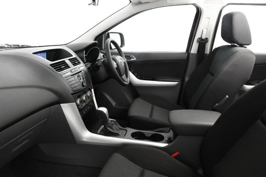 Nivelul calitatii in habitaclul noii Mazda BT-50 pare unul foarte bun