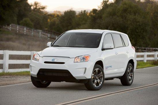 Toyota RAV4 EV a fost prezentat la Los Angeles Auto Show 2010 ca model de preserie