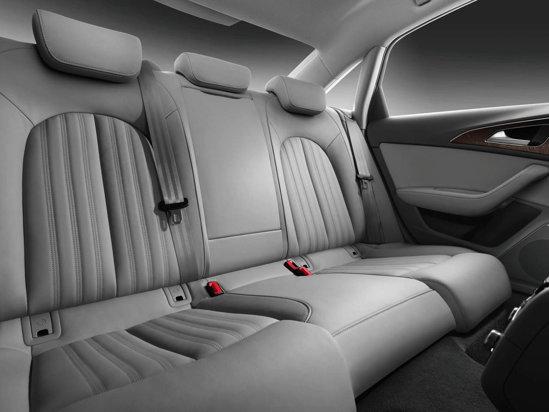 In spate, Audi A6 promite mult confort doar pentru doua persoane