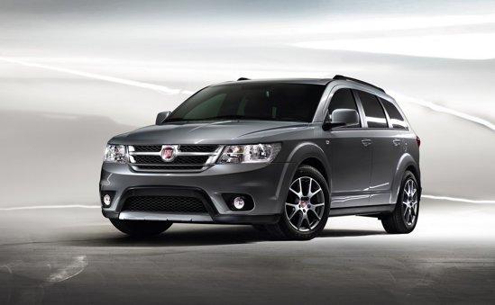 Fiat Freemont este, de fapt, Dodge Journey putin modificat pentru piata europeana