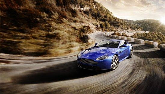 Aston Martin V8 Vantage S pluseaza cu 10 CP, 20 Nm si mici tuse sportive din fibra de carbon