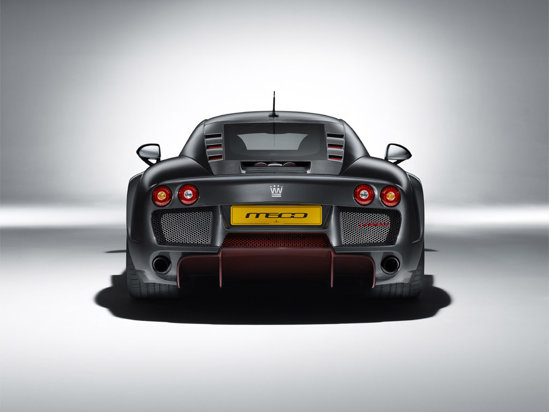 Noble M600 este capabil de performante impresionante: 0-100 km/h in 3 secunde si 362 km/h viteza maxima