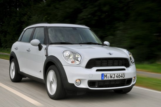 Mini Countryman SD ALL4 va avea un consum mediu de 4,9 ltiri/100 km si emisii CO2 de 130 g/km