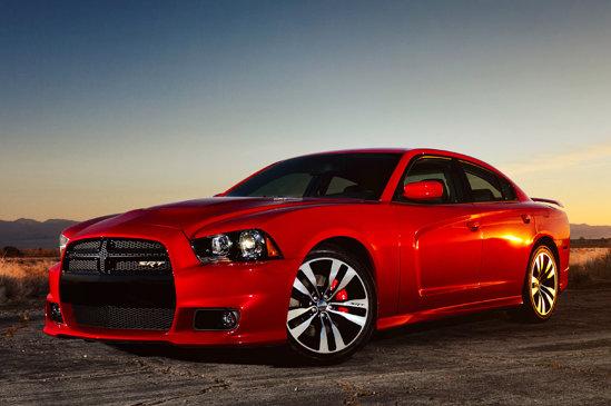 Dodge Charger SRT8 atinge 280 km/h si ajunge la 100 km/h in doar 4 secunde