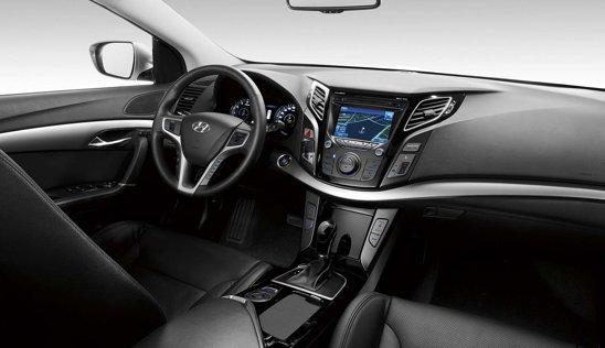 Prin Hyundai i40, coreenii vor sa ridice stacheta in domeniul breakurilor de clasa medie