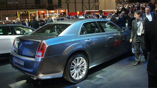 Lancia Thema are un motor diesel V6 in doua versiuni de putere si unul pe benzina V6 Pentastar