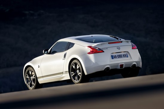 Desi e o editie speciala limitata, Nissan 370Z GT Edition va costa mai putin ca un 370Z obisnuit