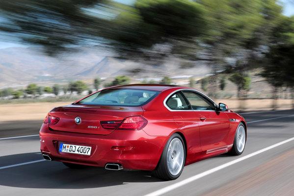 La inceput, BMW Seria 6 va avea sub capota acelasi V8 twin-turbo de 400 CP ca si cabrioletul