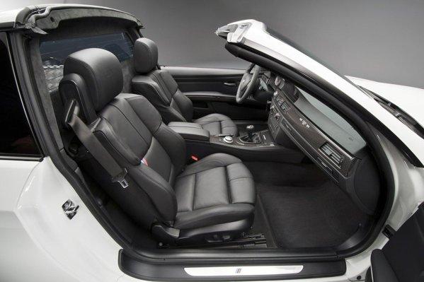 BMW M3 Pick-Up are un acoperis tip targa, putand deveni un cabrio-pick-up