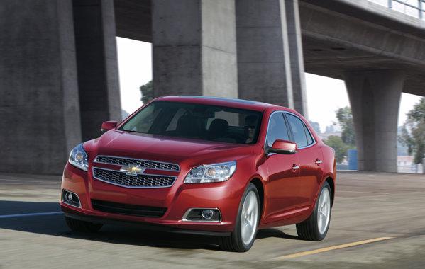 Pe piata nord-americana, Chevrolet Malibu ofera un nou motor de 2,5 litri si 190 CP