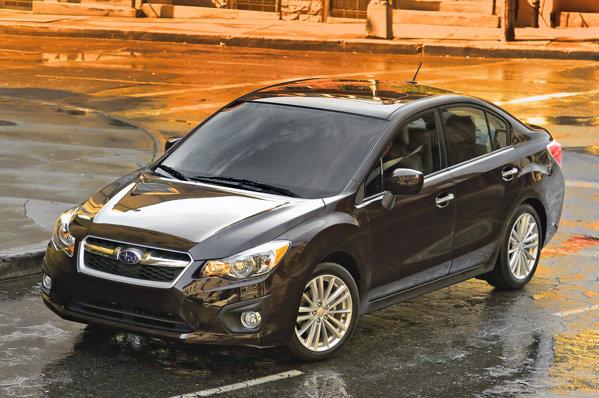 Noul Subaru Impreza are dimensiuni exterioare similare cu ale precedentei generatii
