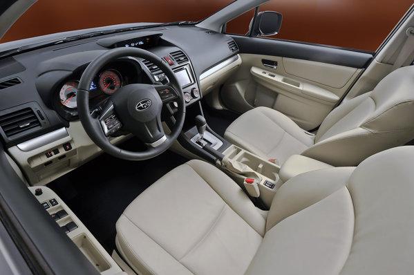 Interiorul noului Subaru Impreza este mai elegant si mai bine studiat ergonomic