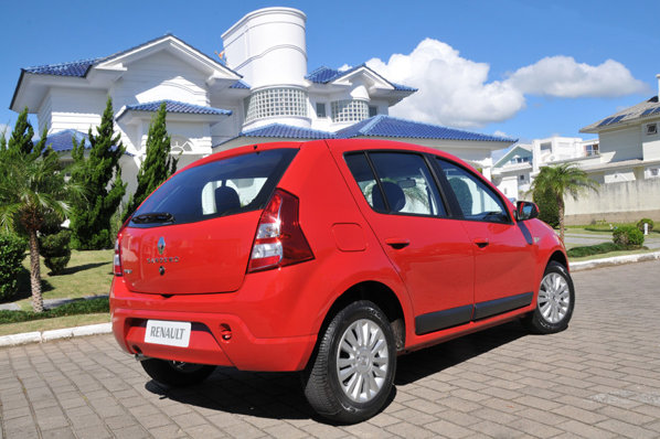 Deocamdata nu se stie daca Dacia Sandero facelift va arata similar cu modelul brazilian