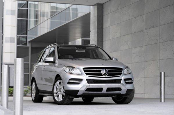 Cea de-a treia generatie Mercedes Benz ML mizeaza pe o evolutie subtila a stilului