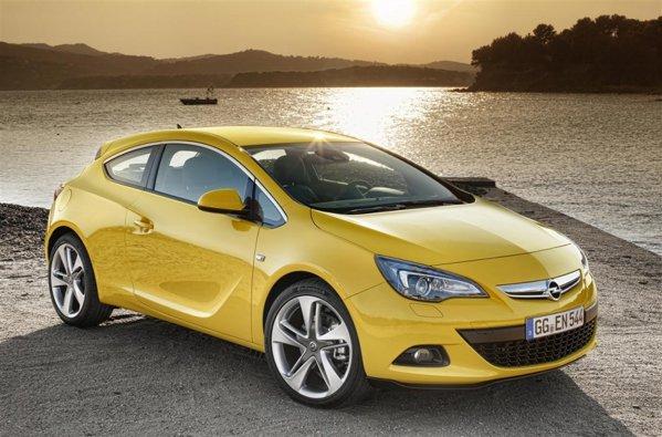 Noul Opel Astra GTC va fi prezentat in premiera la Salonul Auto Frankfurt 2011