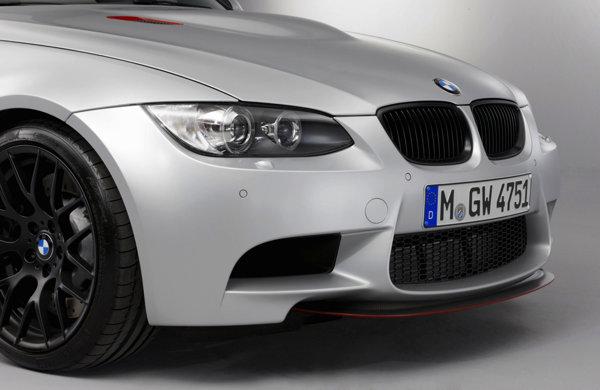 BMW M3 CRT beneficiaza de setari sportive pentru suspensie si de sistem de franare high-performance