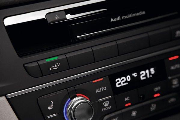 Audi A6 Hybrid poate rula 3 km in regim strict electric si atinge 100 km/h