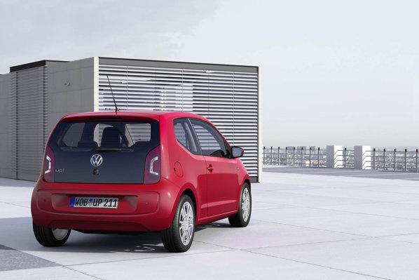 Volkswagen Up! este prima masina de clasa mini care ofera optional un sistem City Emergency Braking