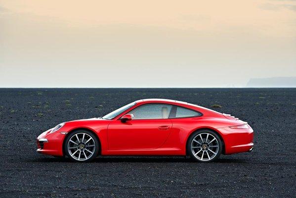 Noul Porsche 911, cod 991, pastreaza acelasi stil familiar de aproape 50 de ani