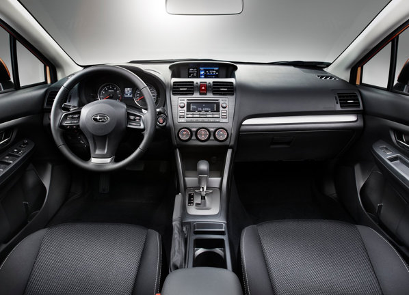 La interior, Subaru promite o atmosfera high-tech