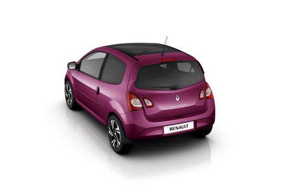 Stopurile duble si eleronul discret sunt noi pentru Renault Twingo facelift.