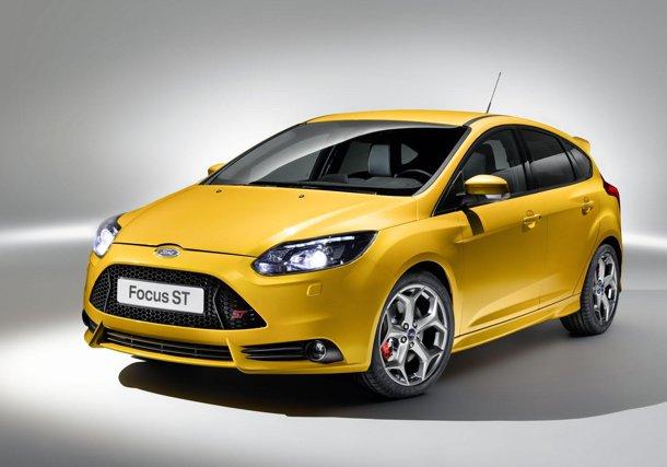 Ford Focus ST şi Focus ST-R debutează zgomotos la Frankfurt 2011