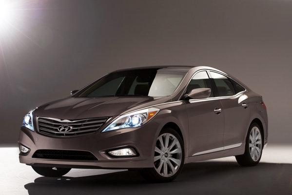 Noua generatie Hyundai Azera adopta stilul Fluidic Sculpture al ultimelor modele Hyundai