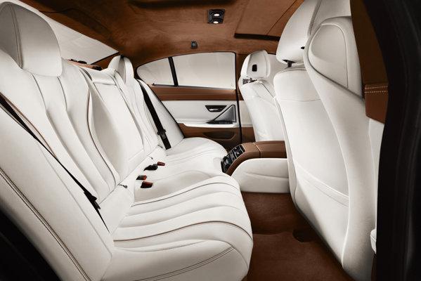 BMW Seria 6 Coupe beneficiaza de o bancheta cu 2+1 locuri si de echipari exclusiviste