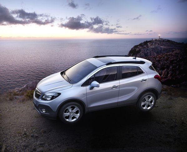 Opel Mokka este un SUV de clasa mica, de 4,28 metri lungime
