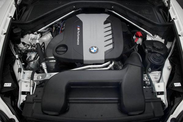 BMW M GmbH a dus dieselul de 3,0 litri in 6 cilindri la 381 CP si 740 Nm