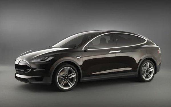 Tesla Model X urmeaza sa intre in productie de serie mare din 2013