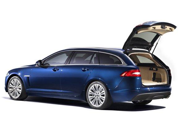 Portbagajul lui Jaguar XF Sportbrake variaza intre 550 si 1675 litri