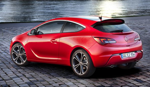 Opel Astra 2012 primeste modificari la nivel de detaliu