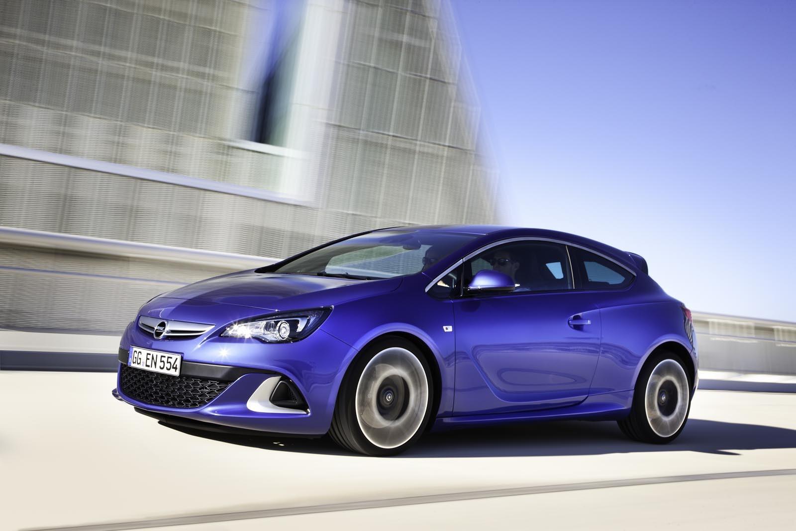 Pana acum au fost vandute 641.000 de modele din actuala generatie Opel Astra in Europa