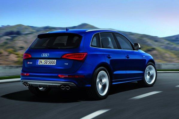 Audi SQ5 TDI are un demaraj 0-100 km/h in 5,1 secunde si atinge 250 km/h