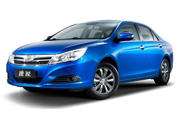 BYD F3 Plus se aseamana foarte mult cu actuala Toyota Corolla sedan