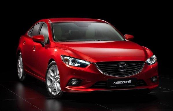 Noua Mazda6 adopta stilul conceptului premergator Takeri