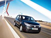 Dacia Sandero mai bună ca Dacia Logan?