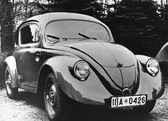Volkswagen Beetle s-a nascut ca un proiect comandat de... Hitler.