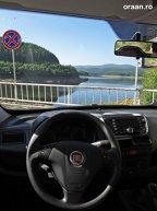 Dacă aveţi de gând să petreceţi mai mult timp în zonă, este de preferat o maşină familistă încăpătoare - cum e Fiat Doblo