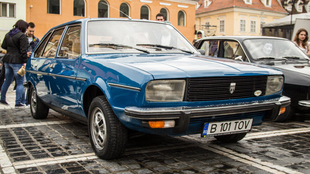 Dacia Clasic 2014: superbele Dacii bătrâne au întors Braşovul în timp cu 25 de ani! Update VIDEO