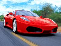 Ferrari: 85% posesori bărbaţi